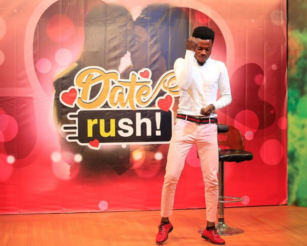 It's Getting Bigger! Dozens Spotted In A Long Queue For Date Rush Edition - [Watch Video]. 16