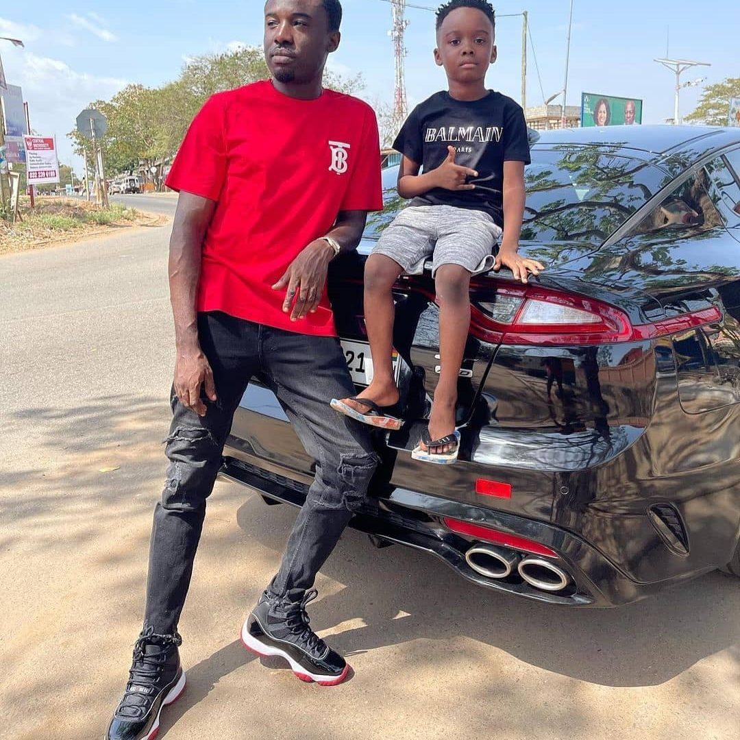 Criss waddle flaunts his grown-up son on social media (photo) 2