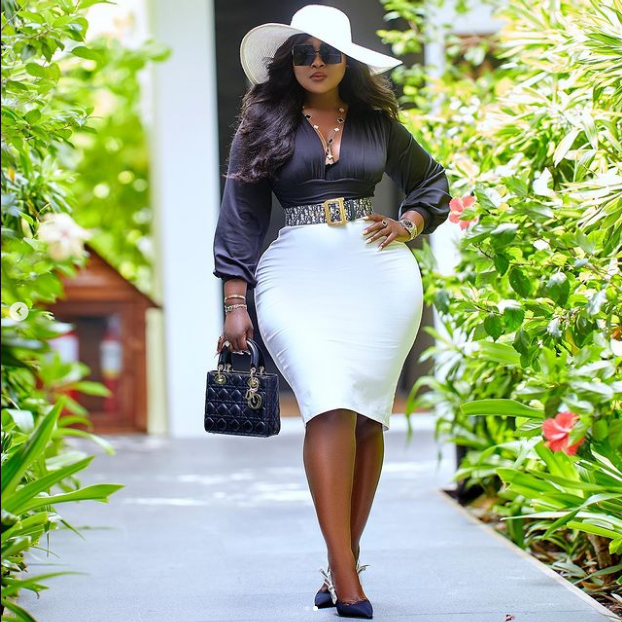 Ghanaian Lawyer, Akua Boateng causes stir after releasing hot pictures of herself 5